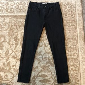 Levis 721 High Rise Skinny Black Jeans 31